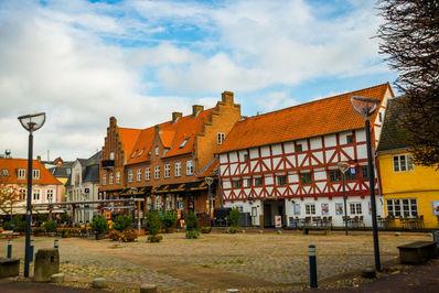 خانه های باستانی در آلبورگ، دانمارک