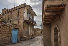 «روستای تاریخی بیابانک» در ۲۹ کیلومتری جنوب غربی شهر سمنان و ۶ کیلومتری جنوب شرقی شهر سرخه واقع شده است.