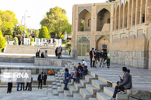حال و هوای نوروزی پلهای تاریخی اصفهان