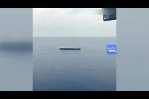 ناو هواپیمابر «یواساس جرالد فورد» زیر یک انفجار مهیب