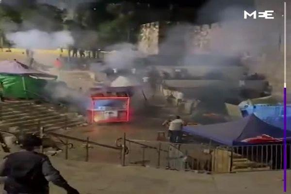 درگیریهای مرگبار شبانه در قدس؛ ۱۰۰ زخمی در حمله صهیونیستها