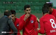 افطار بازیکنان فوتبال لیگ ترکیه در جریان مسابقه!+فیلم