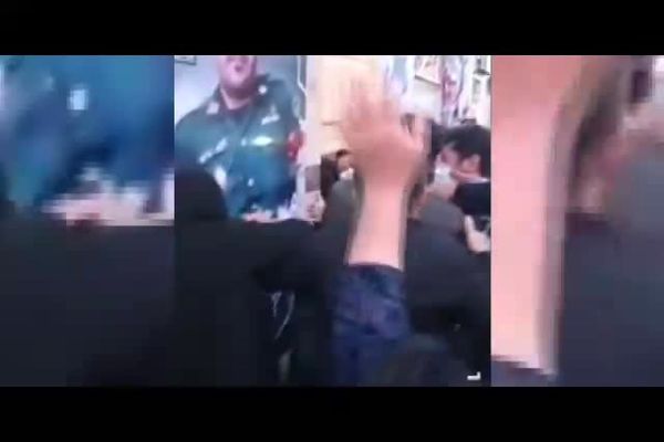 لحظه باخبر شدن پدر شهید ضرغام پرست از شهادت فرزندش